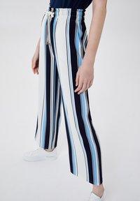 LIU JO - Trousers - stripes/blue - 3