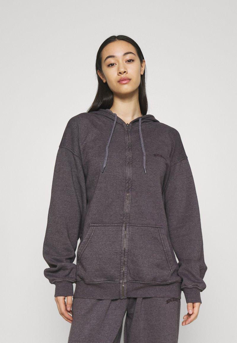 BDG Urban Outfitters - ZIP THROUGH HOODIE - Sweat à capuche zippé - grape
