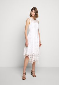 Milly - LATTICE EMBROIDERY ANNEMARIE DRESS - Cocktail dress / Party dress - white - 1