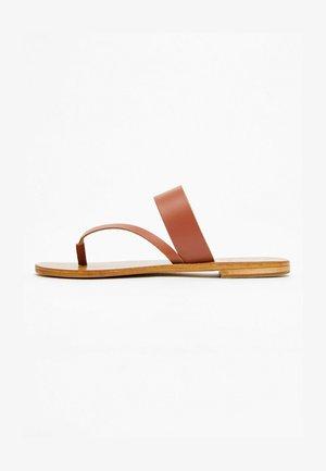 TAMI  - T-bar sandals - camel