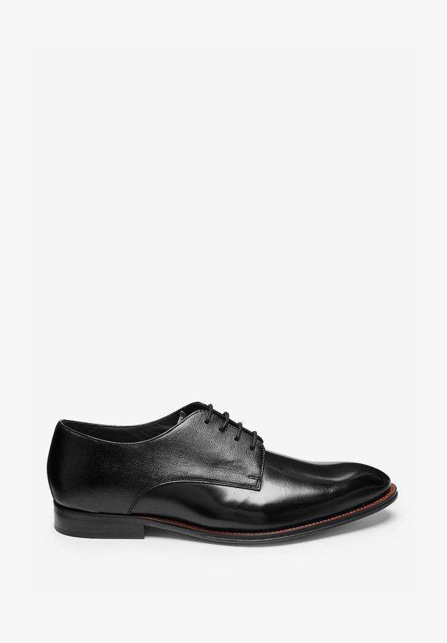 SHINE DERBY  - Elegantní šněrovací boty - black