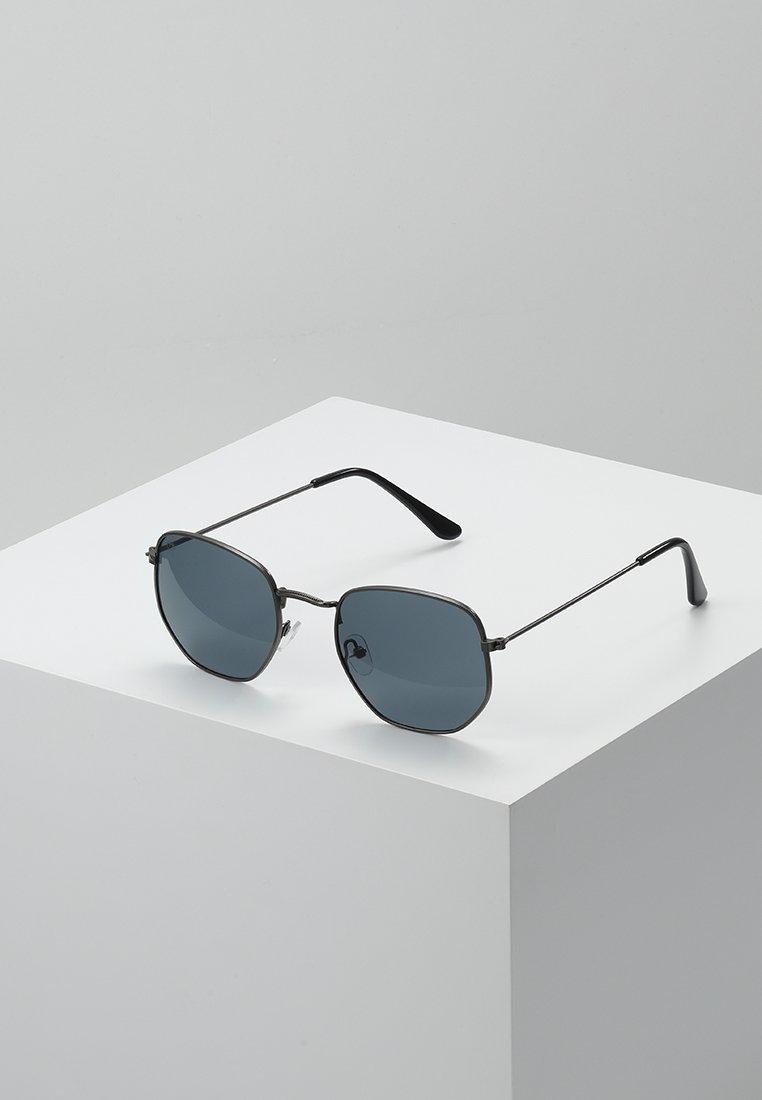 CHPO - IAN - Sluneční brýle - gun metal/black