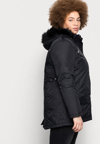 CAPSULE by Simply Be - VALUE - Parka - black - 3