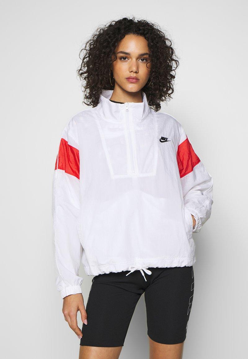 Nike Sportswear - LIGHTWEIGHT JACKET - Lett jakke - white/track red/black