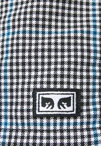 Obey Clothing - CRIMP TREK  - Shortsit - black - 5