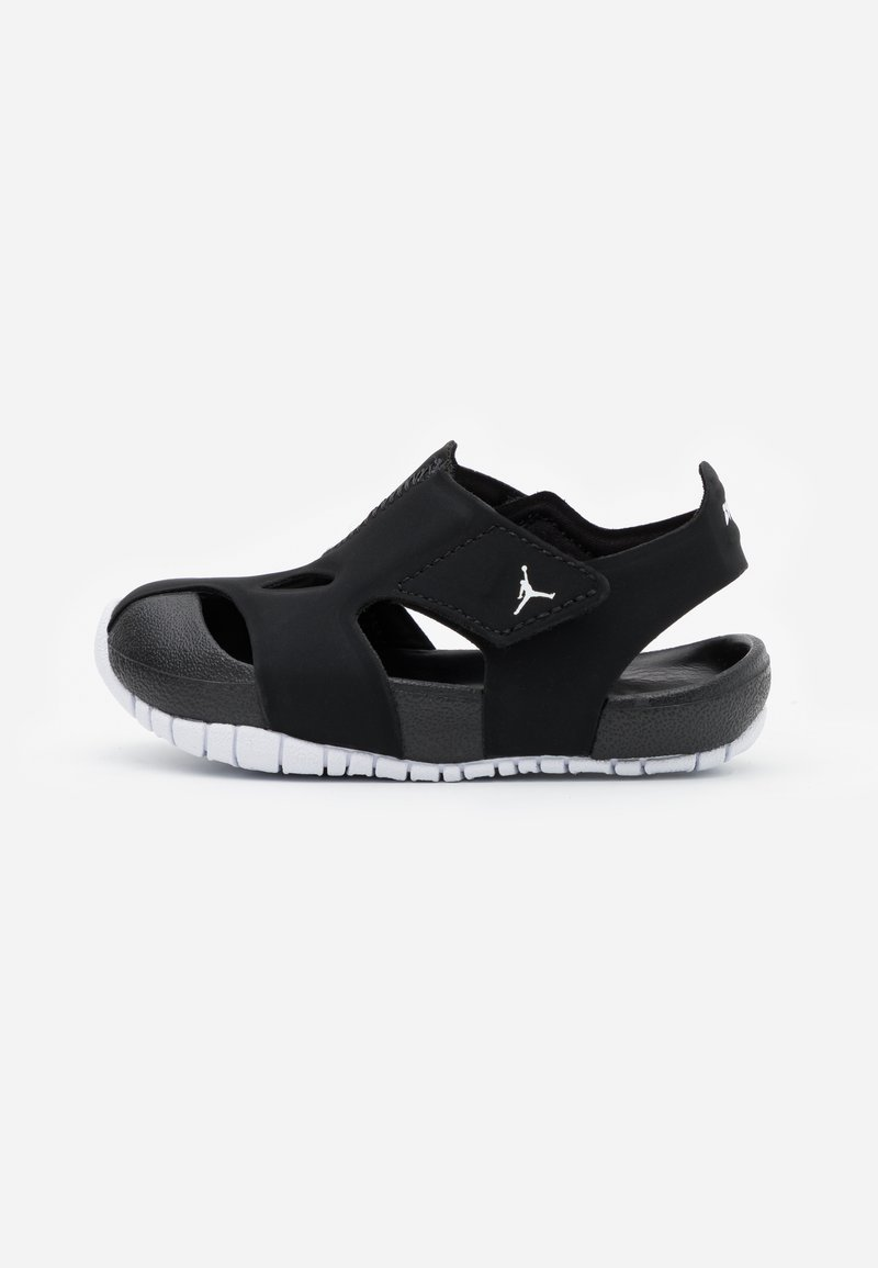 Jordan - FLARE UNISEX - Zapatillas de baloncesto - black/white