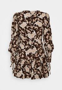 Glamorous Petite - RUFFLE MINI DRESSES WITH PUFF LONG SLEEVES - Hverdagskjoler - dark brown - 1
