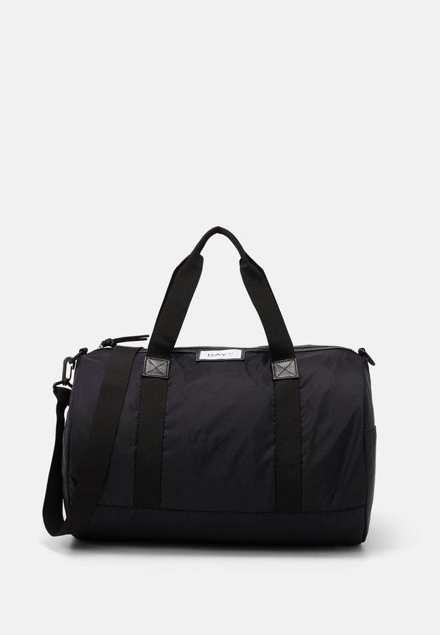 GWENETH SPORT - Cestovní taška - black
