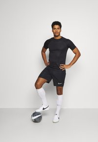 Nike Performance - ACADEMY 21 - Camiseta estampada - black - 1