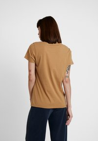 Samsøe Samsøe - SOLLY TEE SOLID - Basic T-shirt - khaki - 2