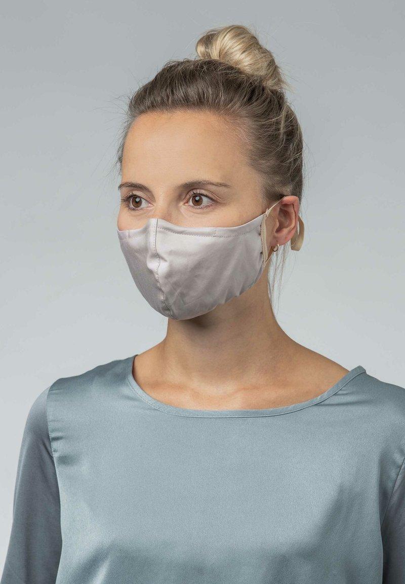Mey - Community mask - new toffee
