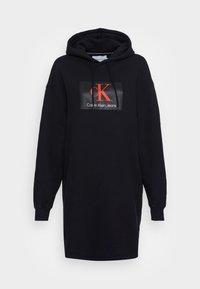 Calvin Klein Jeans - OVERSIZED HOODIE DRESS - Day dress - black - 3