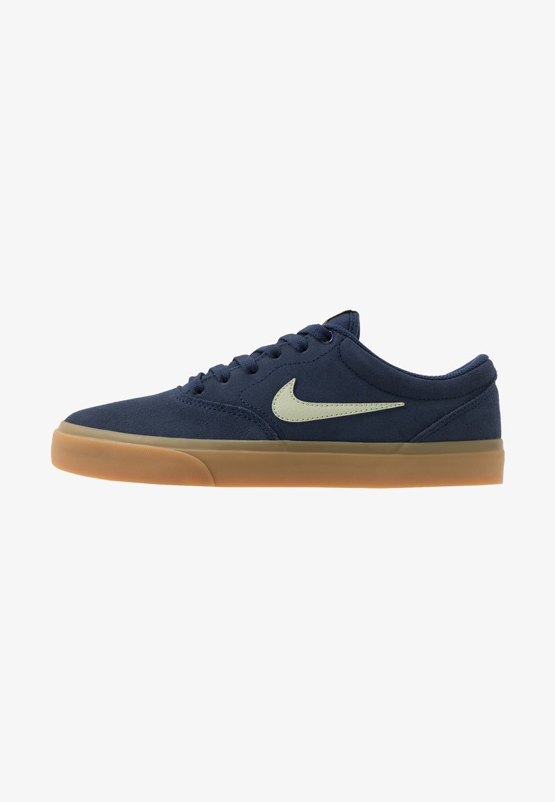Nike SB - CHARGE - Skateschoenen - midnight navy/olive aura/light cream/light brown