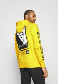 The North Face - STEEP TECH LOGO HOODIE UNISEX - Hoodie - lightning yellow - 2