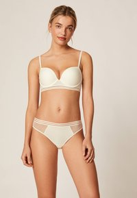 OYSHO - PUSH UP BH AUS MIKROFASER  - Push-up BH - white - 0