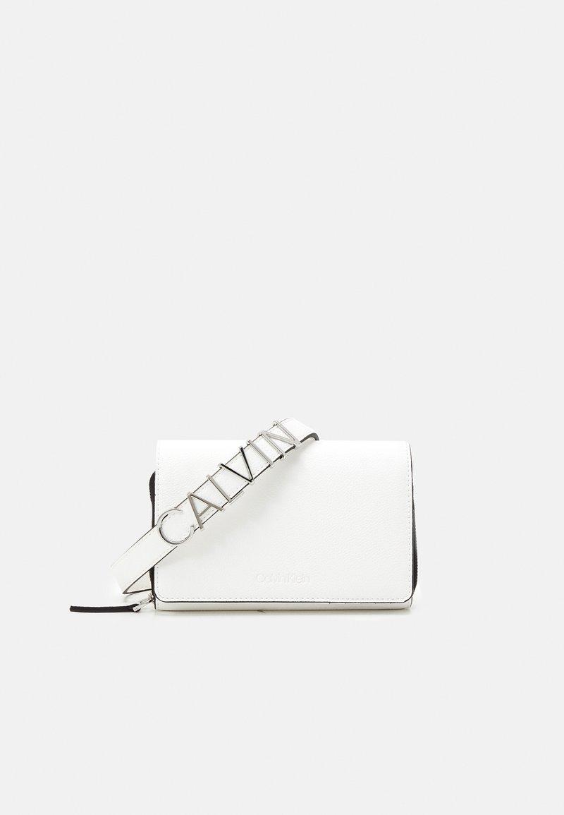 Calvin Klein - Across body bag - white