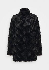 VMCURL HIGH NECK JACKET - Winter coat - black