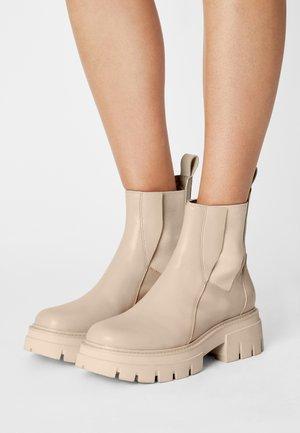 LINKS - Platform ankle boots - whisper