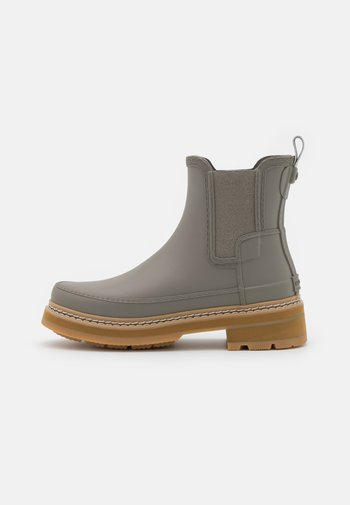 REFINED STITCH DETAIL CHELSEA BOOTS VEGAN