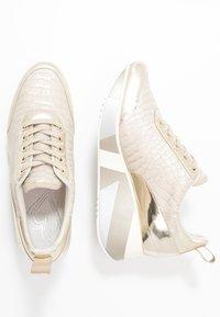 CAFèNOIR - Sneakers - platino - 3