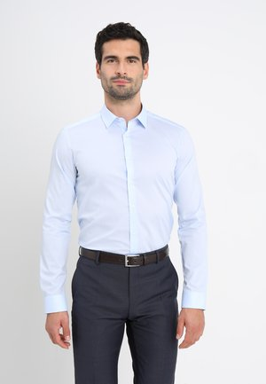 SUPER SLIM KENT - Shirt - hellblau