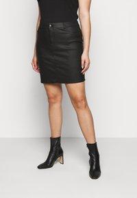 Vero Moda Curve - VMSEVEN SHORT SKIRT - Mini skirt - black - 0