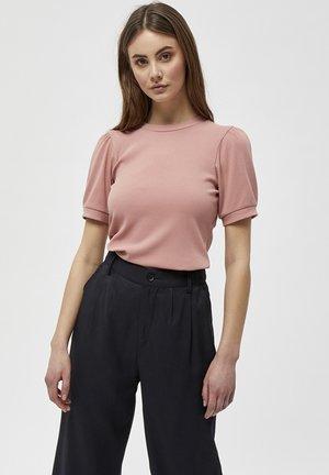 JOHANNA  - Basic T-shirt - old rose