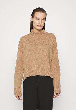 TURTLENECK JUMPER - Pullover - beige dark