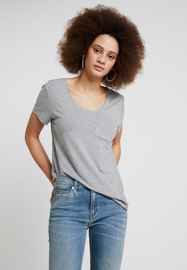 CLEAN TWIST - Basic T-shirt - medium grey melange