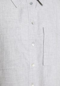 Opus - FRILLI - Button-down blouse - hazy fog melange - 2