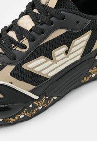 Emporio Armani - ACE RUNNER - Sneakers laag - black - 6