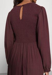LASCANA - SMOK - Maxi dress - aubergine - 4