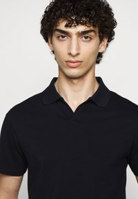 Filippa K - SOFT - Polo shirt - charcoal blue - 4