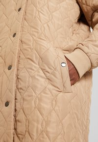 Kaffe - SHALLY QUILTED - Winter coat - tannin - 5