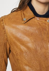 Gipsy - Leather jacket - camel - 6