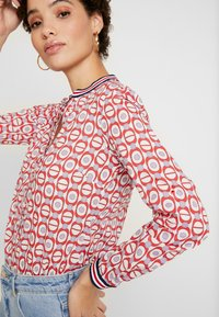 Emily van den Bergh - Skjorte - red/white - 3