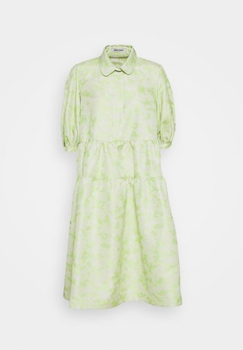 CLOUD NR. 9 DRESS - Denní šaty - green