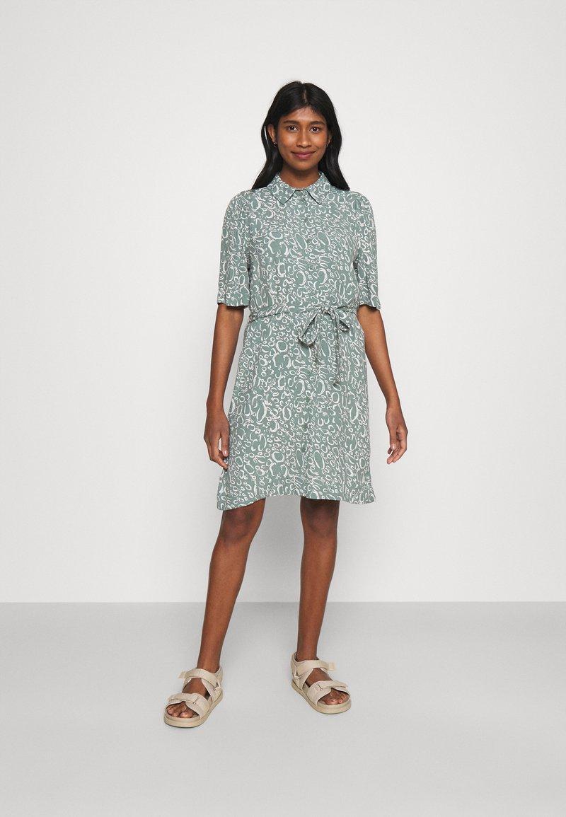 Vero Moda - VMLIVA SHORT SHIRT DRESS - Shirt dress - laurel wreath/liva