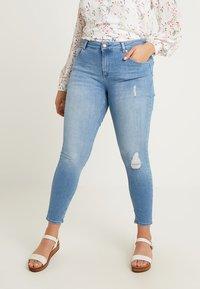 ONLY Carmakoma - CARWILLY - Jeans Skinny Fit - light blue denim - 0