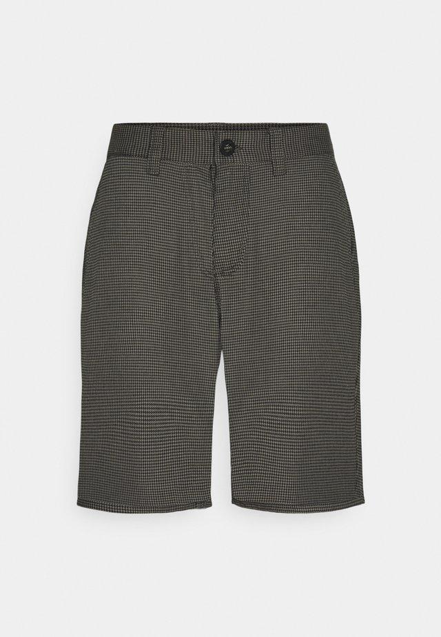 CHOICE  - Shorts - black/charcoal