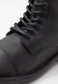 Jack & Jones - JFWLEE BOOT  - Snørestøvletter - black - 5