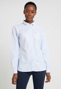 Tommy Hilfiger - HERITAGE REGULAR FIT - Button-down blouse - ithaca/skyway - 0