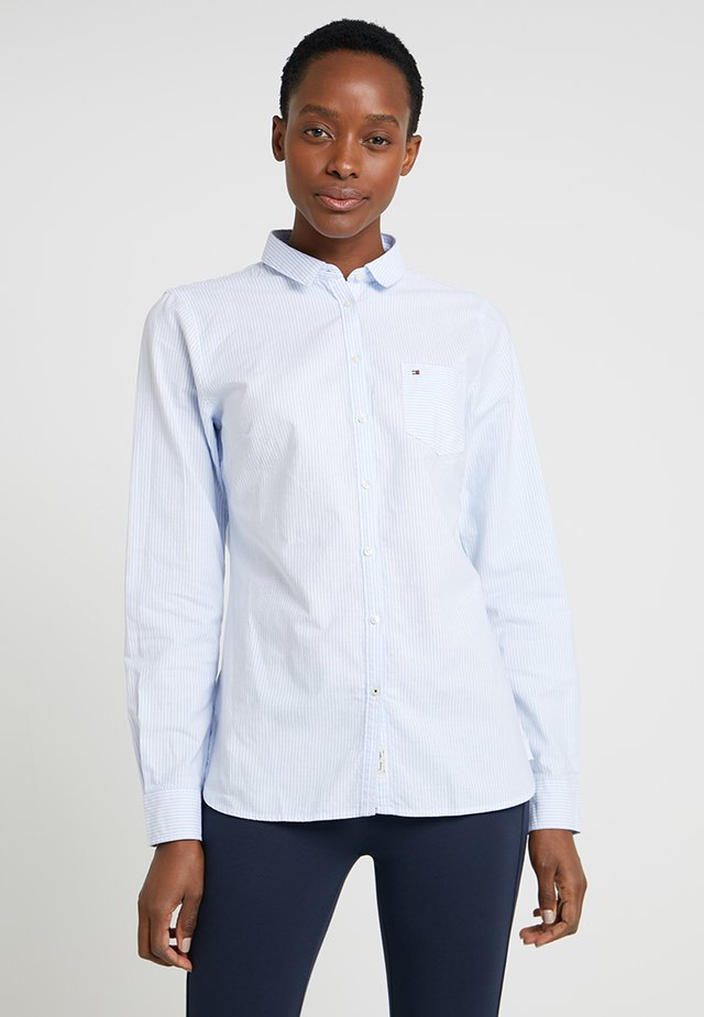 HERITAGE REGULAR FIT - Button-down blouse - ithaca/skyway