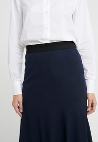 By Malene Birger - TASSIA - A-line skirt - night sky - 4