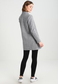 ONLY - ONLSOHO COATIGAN  - Kort kåpe / frakk - light grey melange - 2