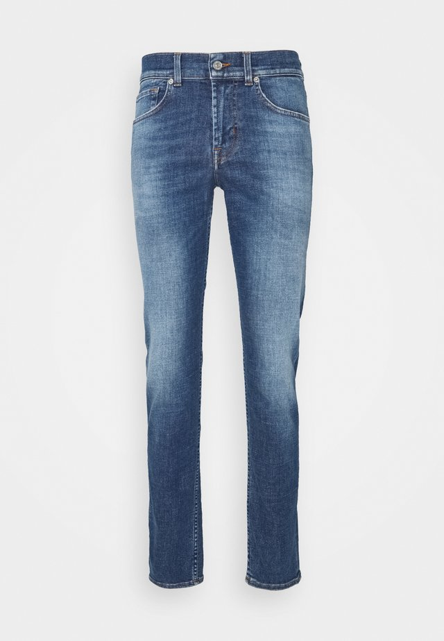 KIND TO THE PLANET - Jeans slim fit - mid blue