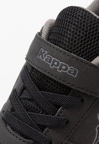 Kappa - DALTON ICE - Obuwie treningowe - black/grey - 2