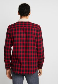Burton Menswear London - Koszula - red - 2