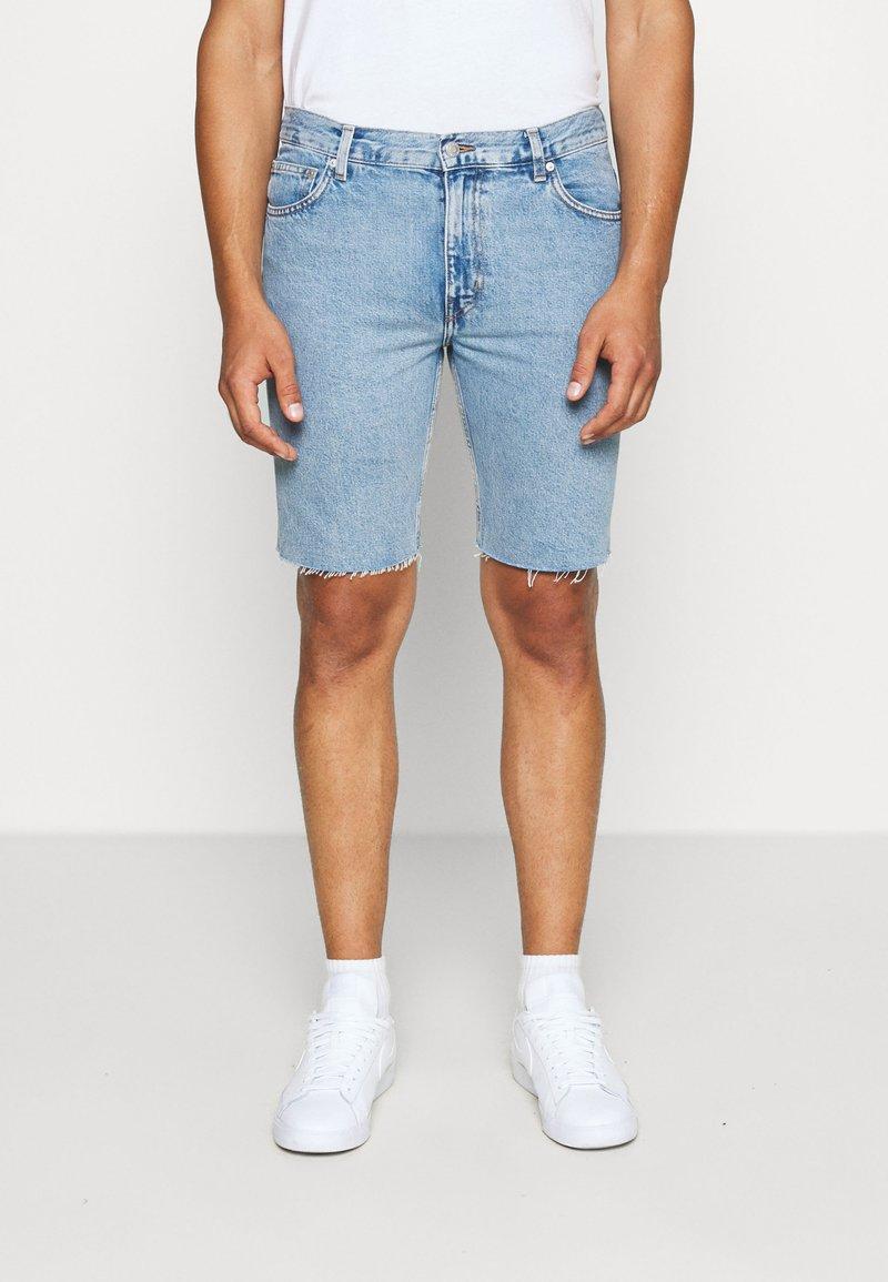 Weekday - SUNDAY  - Jeans Short / cowboy shorts - pen blue