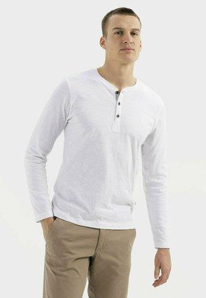 MIT HENLEY KRAGEN AUS  - Long sleeved top - broke white